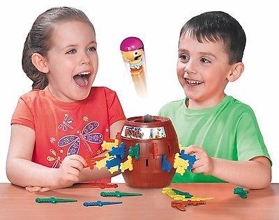 Tomy POPUP PIRAT PIRATE Piraten Familienspiel Kinder Spiel Piratenfaß Motorik