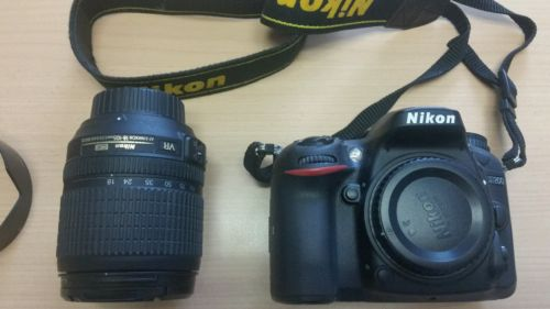 Nikon D D7200 24,7 MP Digitalkamera - (Kit mit VR 18-105mm Objektiv) wie Neu