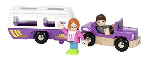 BRIO 33949 - Village SUV mit Wohnwagen, bunt