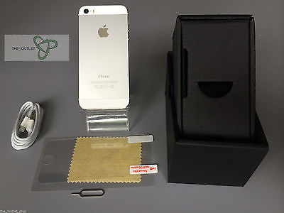 Apple iPhone 5s - 16 GB - Silver (Unlocked)- GOOD CONDITION
