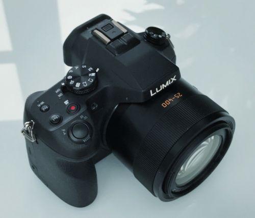Panasonic LUMIX DMC-FZ1000 20.1MP Digitalkamera - Schwarz (Kit mit DC 25-400mm …
