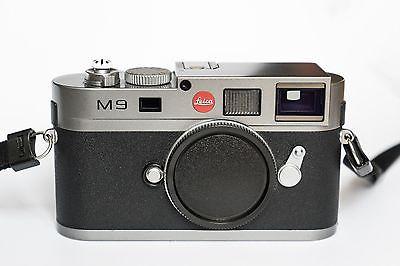 Leica M M9 Digitalkamera - Grau