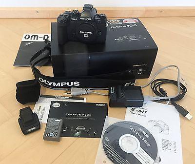 Olympus OM-D E-M1 16,0 MP Digitalkamera (Nur Gehäuse) - OVP, mit Zubehörpaket