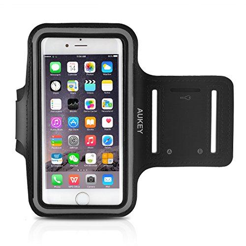AUKEY Sportarmband Hülle für iPhone 6 Plus oder bis zu 5.5 Zoll Smartphone Fitness Armband Schweißbeständig Anti-Rutsch geeignetfür Laufen , Wandern , Rad Fahren , Reiten Schwarz