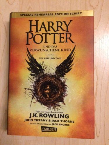 Joanne K. Rowling: HARRY POTTER UND DAS VERWUNSCHENE KIND (Teil 1+2), Sehr gut.