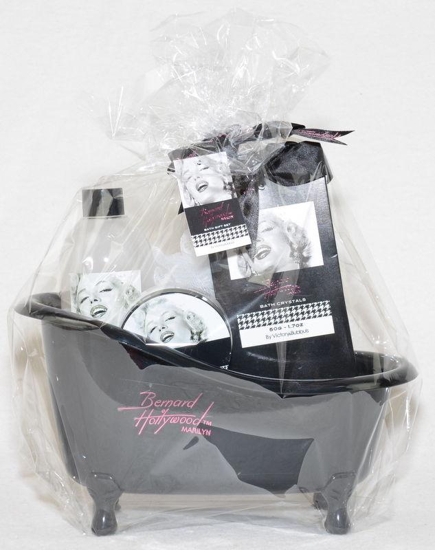 Marilyn Badewanne 4 tlg. Geschenkset mit Badeschaum & Co. als Geschenk verpackt