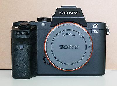 Sony Alpha 7 II 24,3 MP Digitalkamera