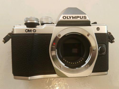 Olympus OM-D OM-D E-M10 Mark II Digitalkamera   Top Zustand