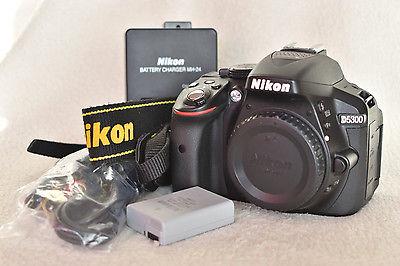 Nikon D5300 Kamera Digitalkamera DSLR (nur Gehäuse)