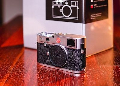 Leica M 240 silver - with thumbsup