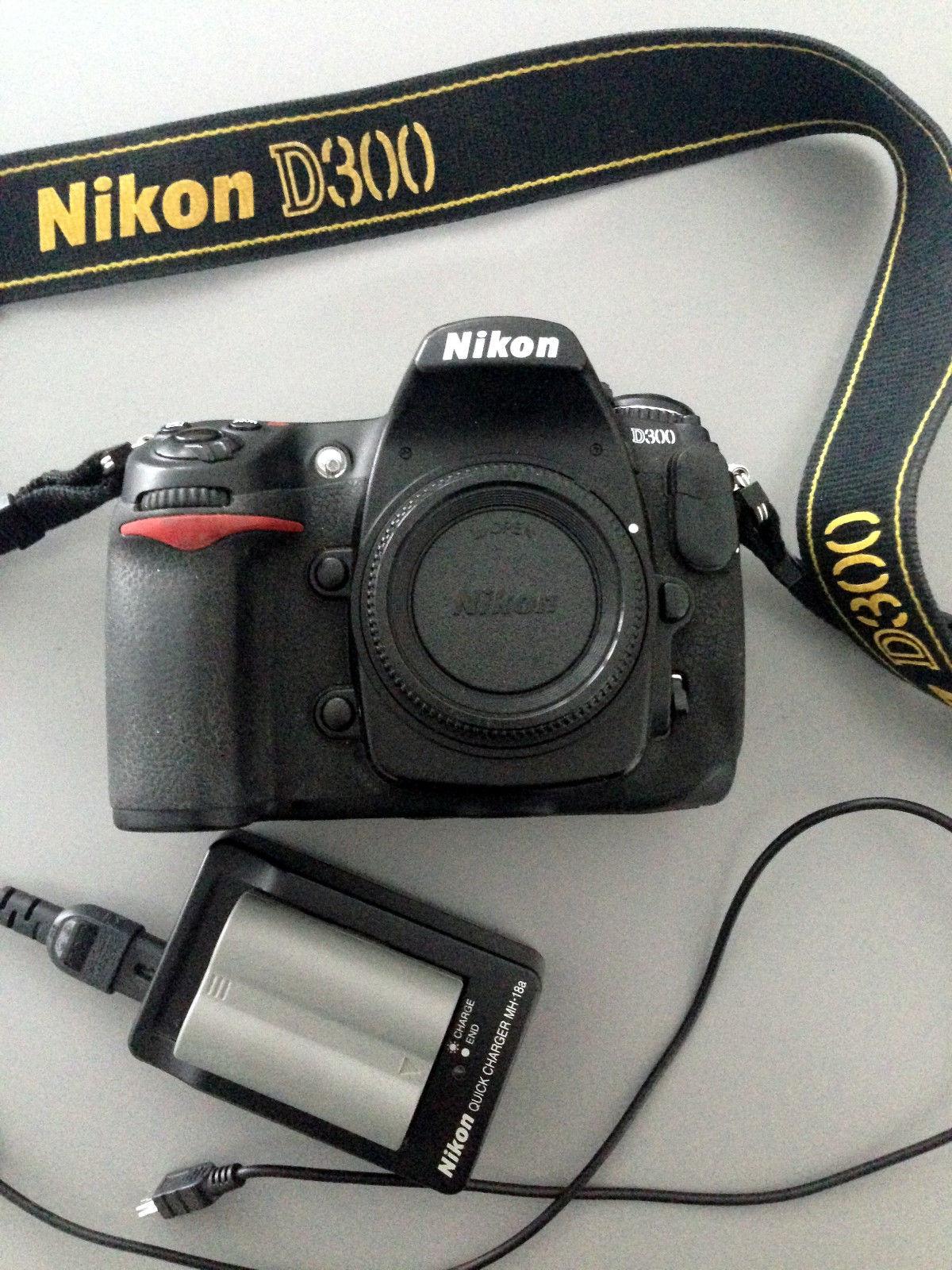 Nikon D D300 12.3MP Digitalkamera Body Gehäuse