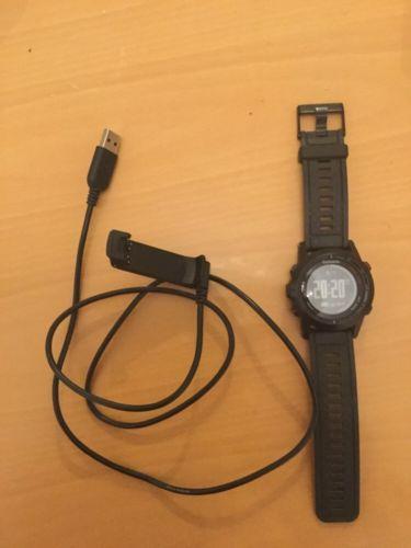 Garmin Fenix 2 Multisport GPS-Uhr Mit 2 Ladeadapter Für USB