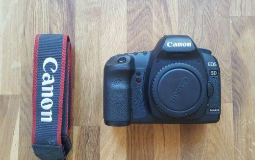 Canon EOS 5D Mark II SLR Digitalkamera Gehäuse Spiegelreflex 12.000 Auslösungen