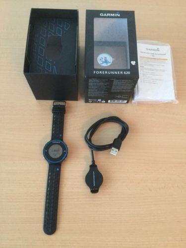 Gamin Forerunner 620 mit GPS und Brustgurt inkl. Sensor+ 2 Dockingstation