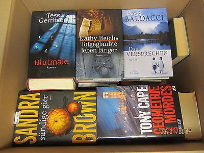 32  Bücher Romane Krimi Thriller Psychothriller Kriminalromane Top Titel