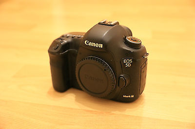 Canon EOS 5D Mark III 22.3MP Digitalkamera