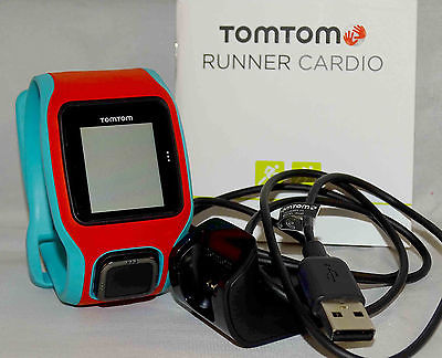 TomTom Runner Cardio GPS-Sportuhr, Fitnessuhr, Herzfrequenzmessung am Handgelenk