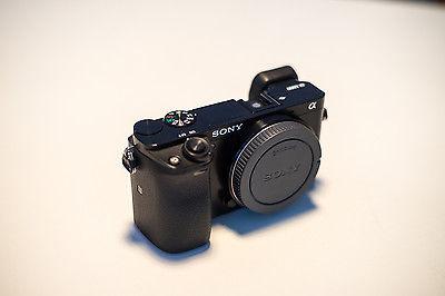 Sony Alpha ILCE-6000 24.3 MP Digitalkamera - Schwarz