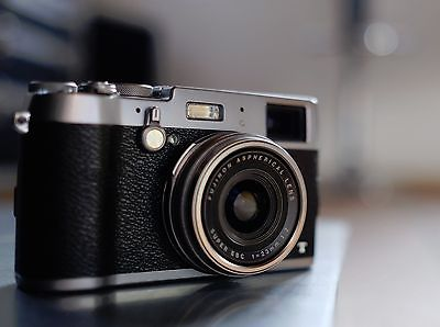 Fujifilm FinePix X Series X100T 16.3MP Digitalkamera - Silber