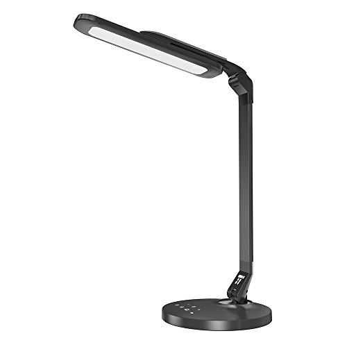 LED Schreibtischlampe TaoTronics Tischlampe 12W großes Lichtpanel, 4 Lichtmodi, USB-Anschluss Schreibtischleuchte Voll drehbarer Lampenschirm, -Arm und -Hals, sanftes Licht, Augenschonend, starke und stabile Metallverarbeitung