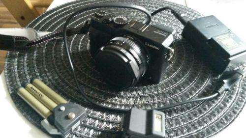 Panasonic LUMIX LX-100 12.8MP Digitalkamera - Schwarz (Kit mit DC 24-77mm Objek…