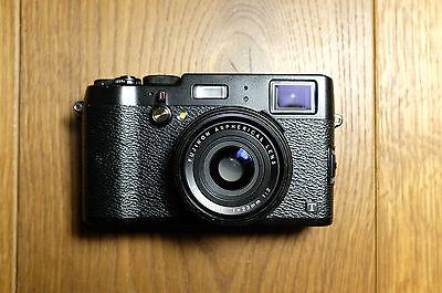Fujifilm X100T 16.3MP Digitalkamera Schwarz OVP Zubehörpaket & Fuji Ledertasche