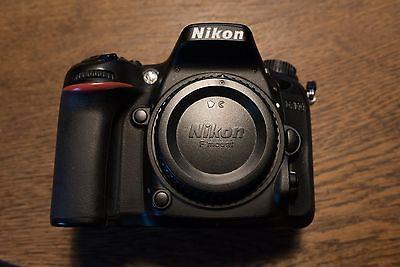 Nikon D7100 24.1 MP SLR-Digitalkameran nur Gehäuse +Batteriegriff +L-Winkel