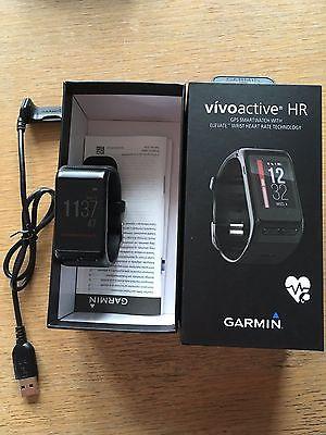 Garmin vivoactiv HR GPS Laufuhr mit Herzfrequenzmessung