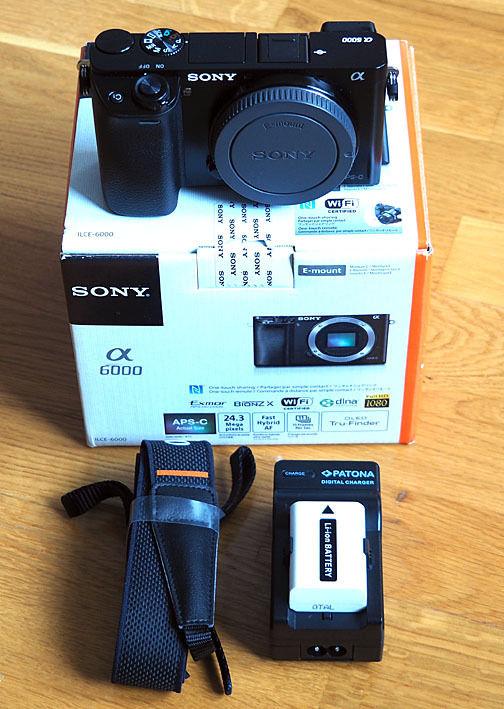 Sony Alpha A6000 24.3MP Digitalkamera - Schwarz, Body, wie neu