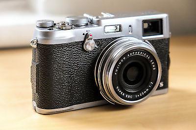 Fujifilm X100S Digitalkamera mit Zubehörpaket
