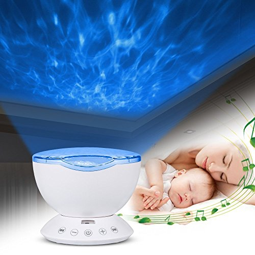 [Neuester Entwurf] Projektor lampe,IWILCS Ozeanwelle Projektor Licht Schlaf Nachtlicht Lampe mit Multifunktionale Fernbedienung (Musik-Eingang /7Lichtmodi/4 Naturklänge eingespeicher) Romantische Dekoration Licht für Baby Kinder Schlafzimmer Wohnzimmer Pa
