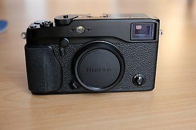 Fujifilm Fuji X series X-Pro1 16.3MP  Schwarz (Nur Gehäuse)