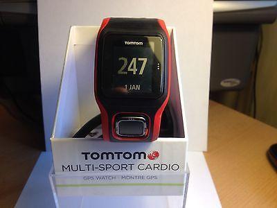 TomTom Runner Cardio GPS Sportuhr rot schwarz, neuwertig