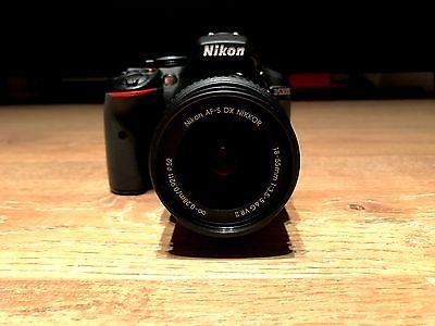 Nikon D D5300 24.2MP Digitalkamera - Schwarz (Kit mit Nikkor AF-S 18 – 55mm)