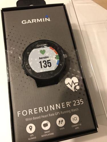 Garmin Forerunner 235 NEU & OVP GPS Laufuhr Herzfrequenzmessung am Handgelenk