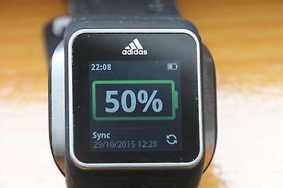 Adidas micoach Smartrun GPS Uhr mit Herzfrequenz und Musik