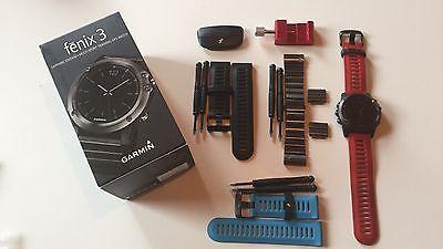 Garmin fenix 3 mit Saphirglas; inkl. vier Armbändern und HRM-Run-Sensor