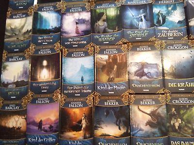 Büchersammlung ca 700x  Fantasy Mystery Magie Liebe Gestaltwandler Vampire