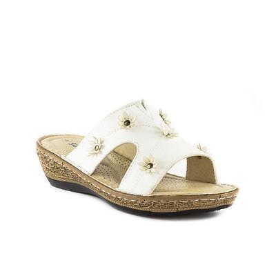 Softlites Womens White Flower Wedge Mule Sandal - Sizes 3,4,5,6,7,8,9