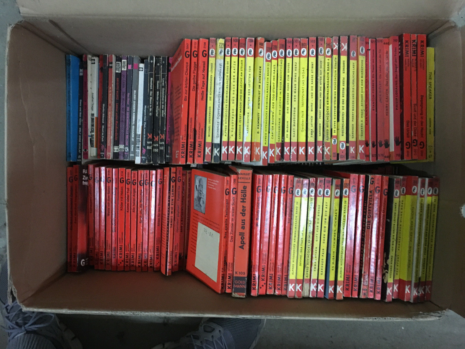 Bücher Sammlung über 100 Romane Krimis Thriller Konvolut Taschenbücher