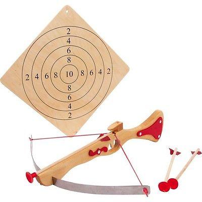 Small Foot 5035 Sportarmbrust, mit Zielscheibe und 3 Pfeilen, mehrfarbig, 5-teil