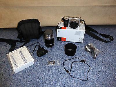 Sony Alpha 6000 Silber, 24.3 MP SLR-Digitalkamera 16-50 + 55-210 Objektiv