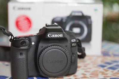 Canon EOS 80D 24.2 MP SLR-Digitalkamera - Spiegelreflexkamera (Nur Gehäuse)