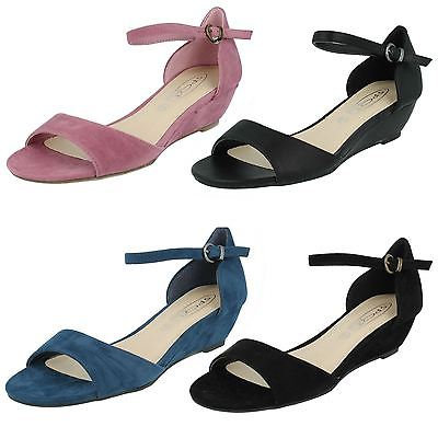 Ladies Spot On Open Toe Ankle Strap Mid Wedge Sandals F10276