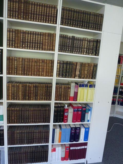 Juristische Bibliothek, Entscheidungen d. Reichsgerichts, Civilsachen u.a.