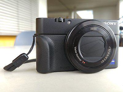 Sony DSC-RX100 III (M3) Digitalkamera [20.1 Megapixel]