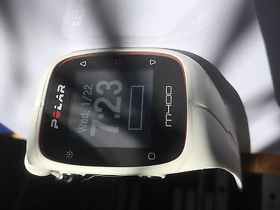 Polar Multisport Pulsuhr M400 in weiß - GPS / Bluetooth, sehr guter Zustand