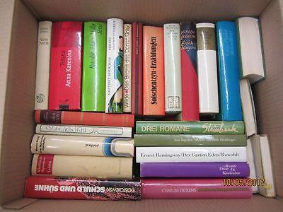 35 Bücher Romane internationale Klassiker Dickens Tolstoij Miller Steinbeck u.a.