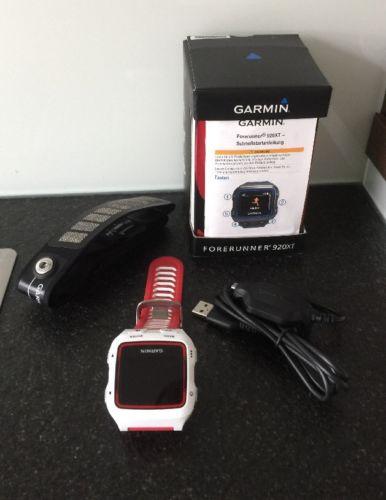 Garmin Forerunner 920XT HRM Triathlon-/Multisport-GPS-Uhr inkl. Herzfrequenzgurt