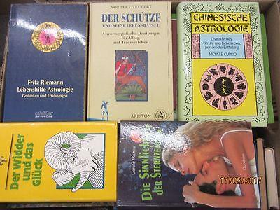 74 Bücher Astrologie Horoskope Strendeutung Sternzeichen Zukunftsdeutung